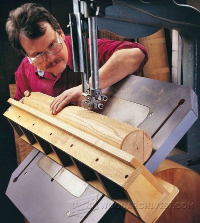 134-Auxiliary Band Saw Table - Band Saw Tips, Jigs and Fixtures