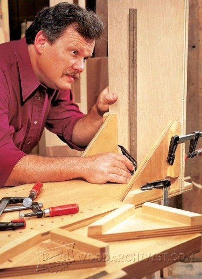 20-Clamping Square - Furniture Assembly Tips and Techniques