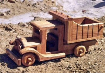 1156-Wooden Toy Truck Plans
