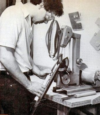 1680-Sharpening with Belt Sander