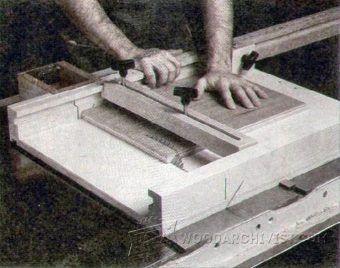 3686-Table Saw Cut Off Sled Plans
