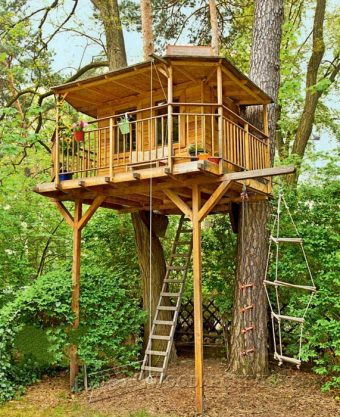 4060-DIY Treehouse